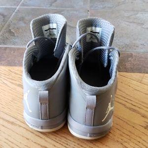 the best attitude ada9d 9dec6 Jordan Shoes - Jordan s Nike Gray Fly Wade Lunarlon 14